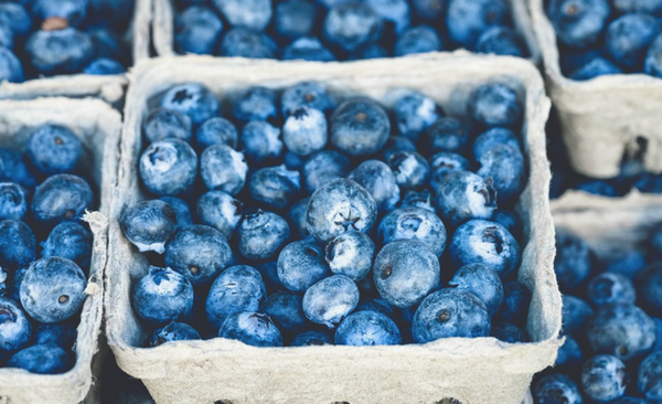 Blueberries and other anti inflammatory foods are good for your teeth and smile