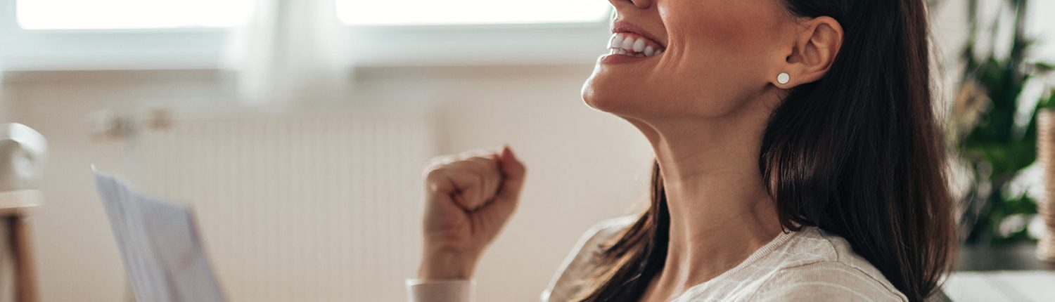 Woman finds out she can get money off her invisible aligner treatment